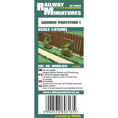 RMH0:013 Garden Partition